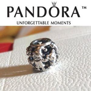791401 Retired Pandora Santa's elves Openwork bead